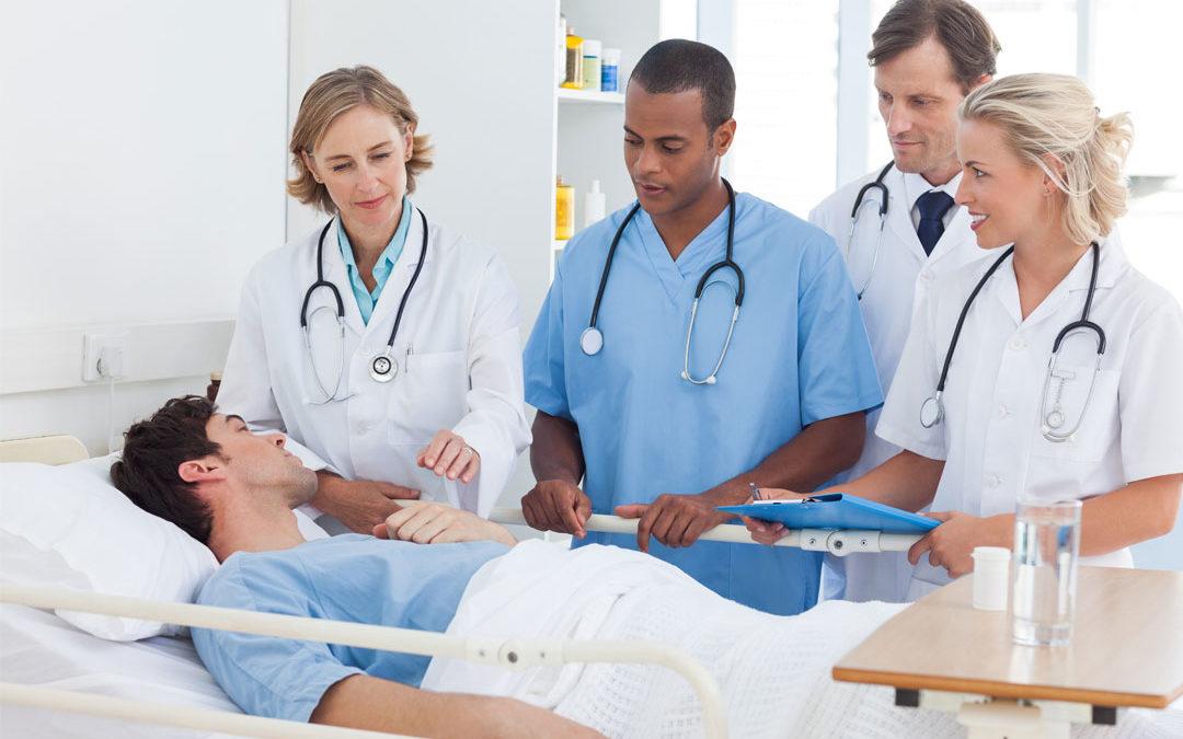 Expériences personnelles d'hospitalisation et questions du public sur la collaboration interprofessionnelle